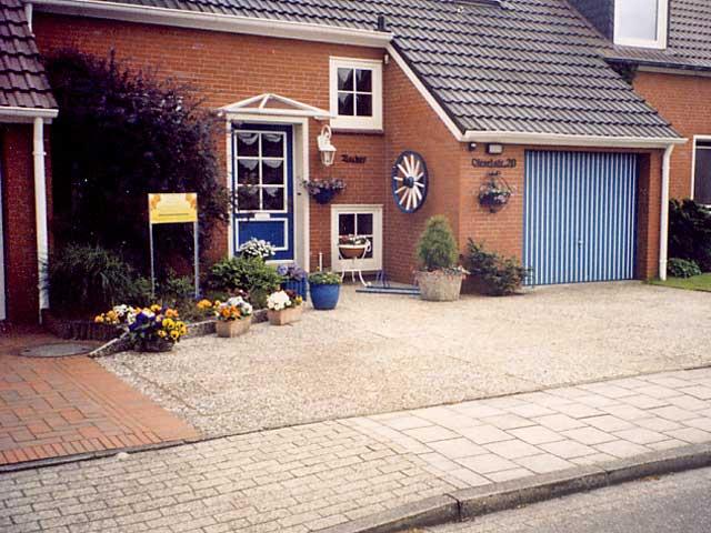 Reihenhaus mit kleinem vorgarten - Vorgartengestaltung reihenhaus ...